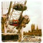 Sotto al Londoneye, capsula arancione #londoneye #westminster #orange #london #londra #photosofengland