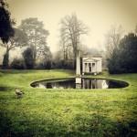 #ionictemple #chiswickhousegardens #chiswick #london #londra #duck #ducks #park #pond #photosofengland