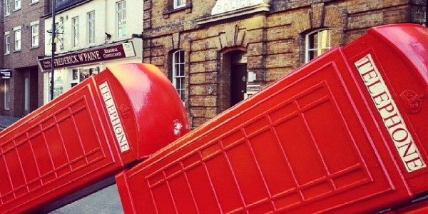 #phonebooth #effettodomino #red #redphone #telephone #londra #london #londonlife #kingston