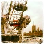 Sotto al Londoneye, capsula arancione #londoneye #westminster #orange #london #londra #photosofengland