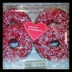 #sanvalentino #now #chiswick #valentines #londra #london #londonlife #doughnuts #love #ciambelle #red #heart #cuore #buco #inanticipo #bakery #cake #sweet